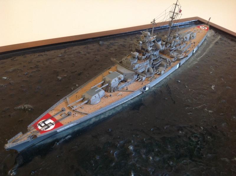 Bismarck 1/700 Dragon par Denis Img_0111