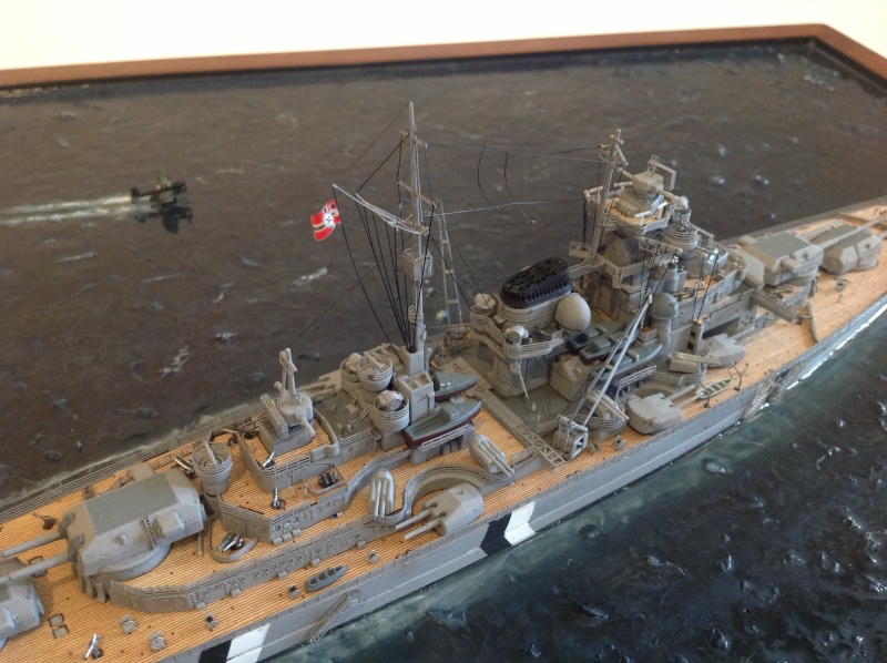 Bismarck 1/700 Dragon par Denis Img_0113