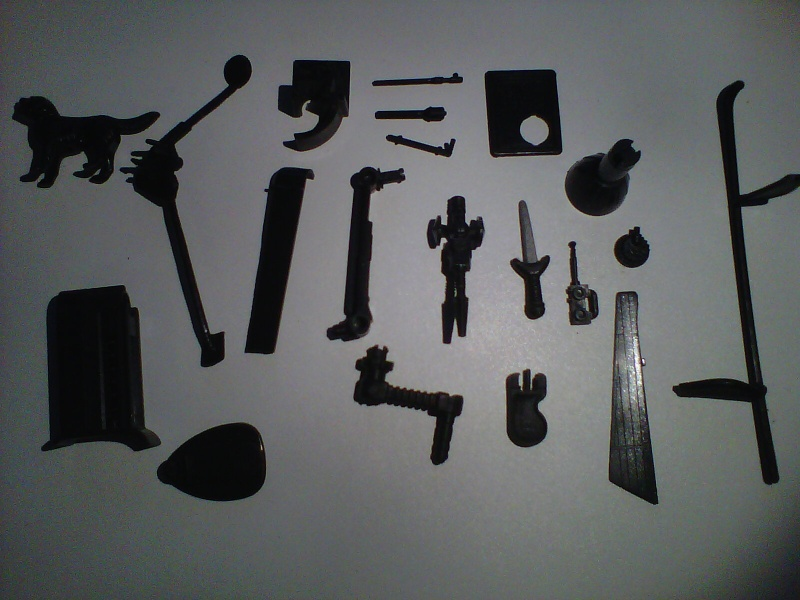 Help me , aidez moi à identifier tout ceci ...merci Img01116