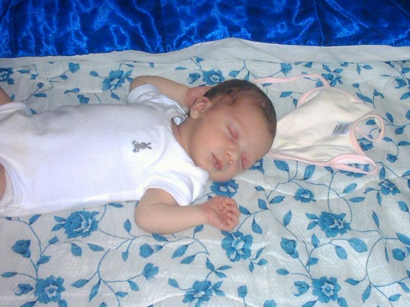 vi presento..mia figlia..nata il 29-6-2010 Dsck0210