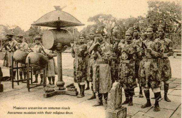 Nghệ thuật Việt Nam thời xưa 12083029