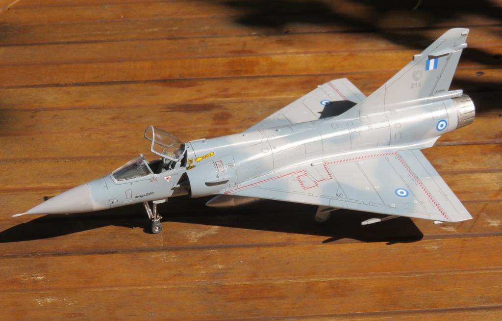 Dassault Mirage 2000CG [ESCI 1/48] Img_8615