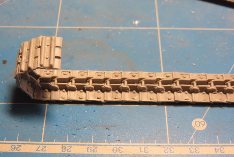 Tracteur d'artillerie HOLT 75 [RODEN 1/35] Img_9719