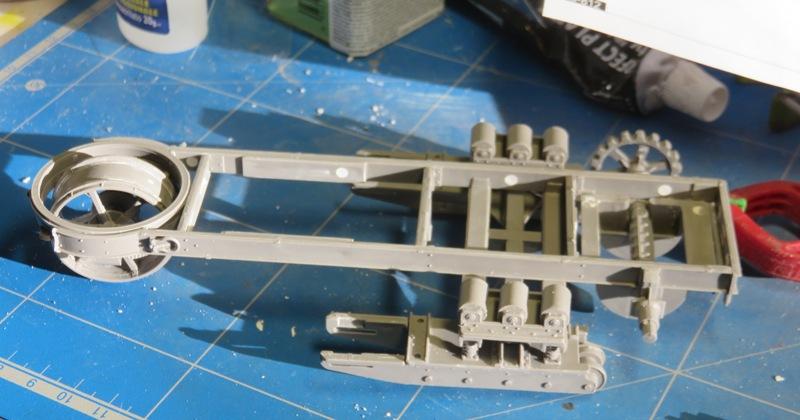 Tracteur d'artillerie HOLT 75 [RODEN 1/35] Img_9722