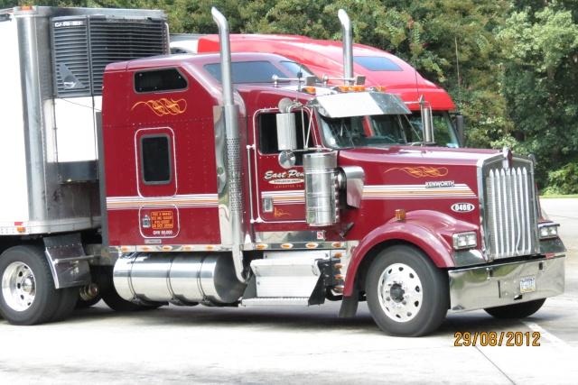 Les camions en Amerique du Nord - Page 2 Img_0212