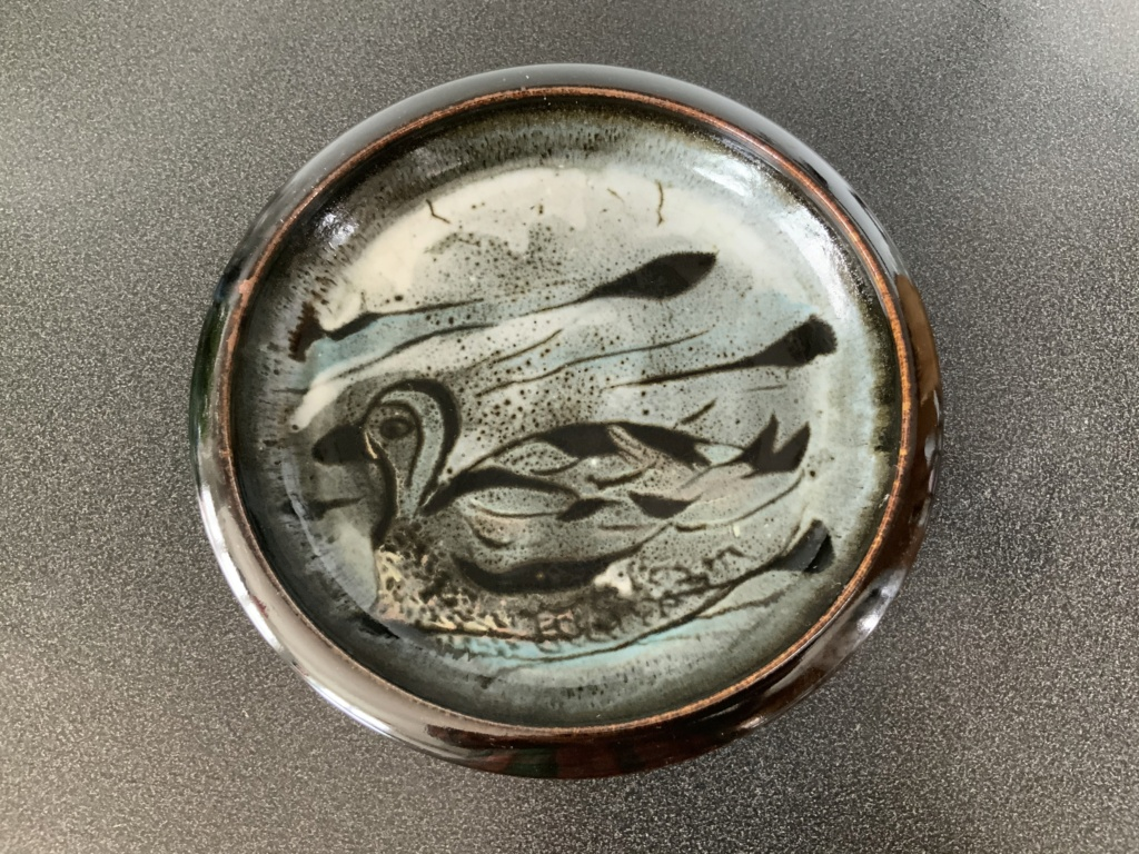 Bowl with Duck design help to identify potter 7e7b5010