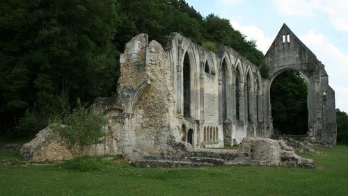 Ruines d'édifices religieux - Page 4 27509910