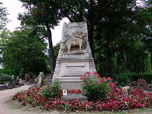 Cimetière des Chiens à Asnières-sur-Seine ( France ) 28378110