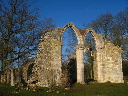 Ruines d'édifices religieux - Page 5 90326610