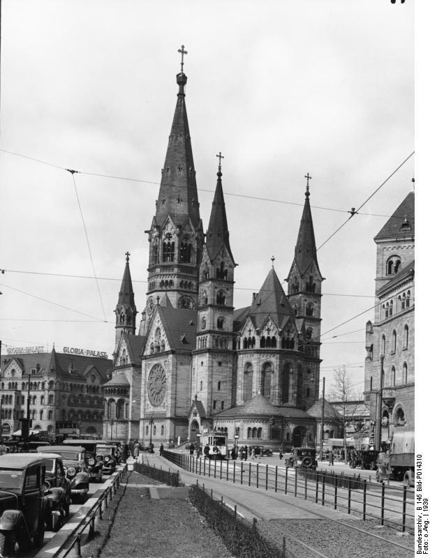 Ruines d'édifices religieux - Page 4 Bundes10