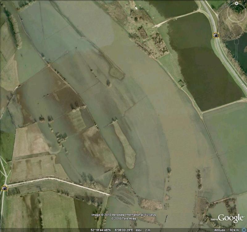 Crues et innondations observées dans Google Earth Crue10