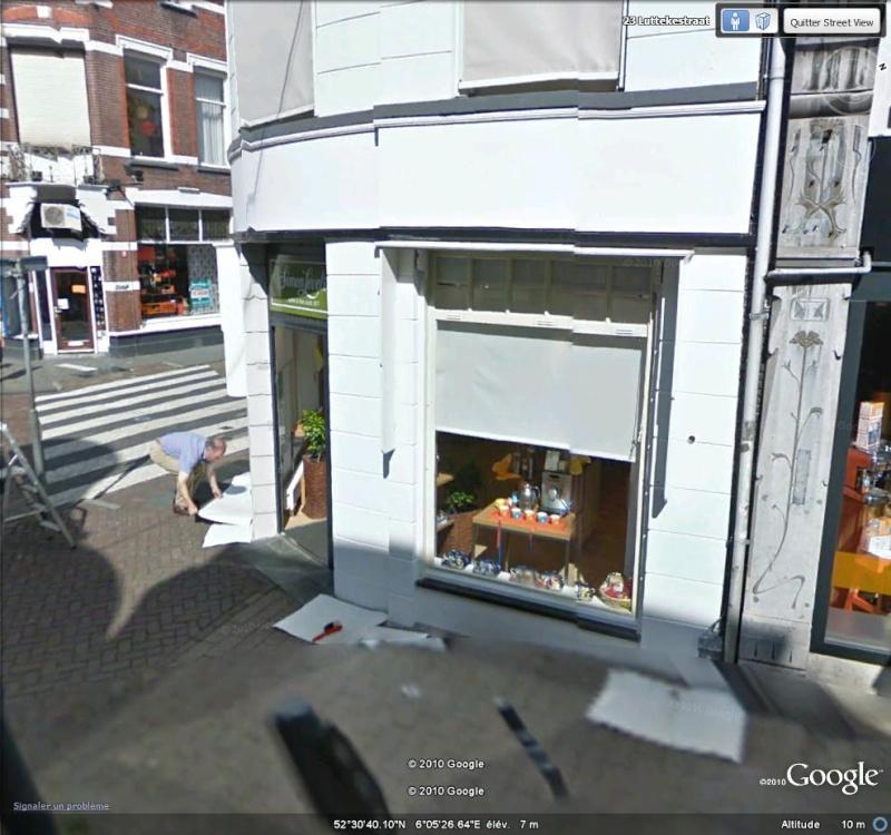 Street View : On repeint une facade à Assendorp ( Pays-bas ) Peintu10