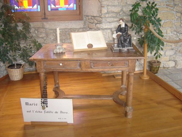 Los kuv coj nej mus xyuas tus Leej Ntshiab Saint Louis Grignion-Marie de Montfort  Dsc07539