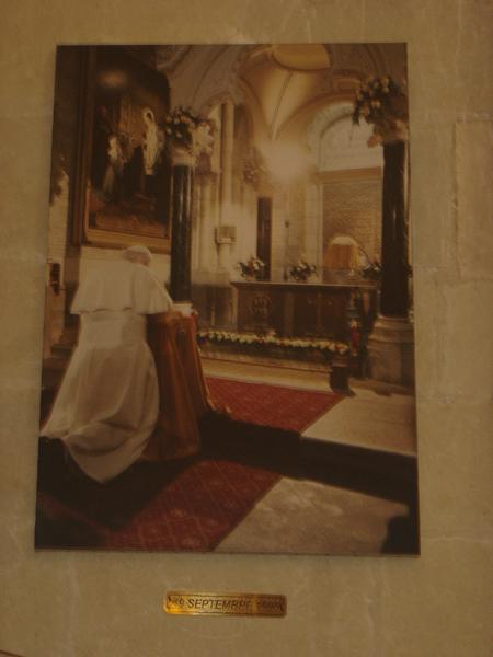Los kuv coj nej mus xyuas tus Leej Ntshiab Saint Louis Grignion-Marie de Montfort  Dsc07549