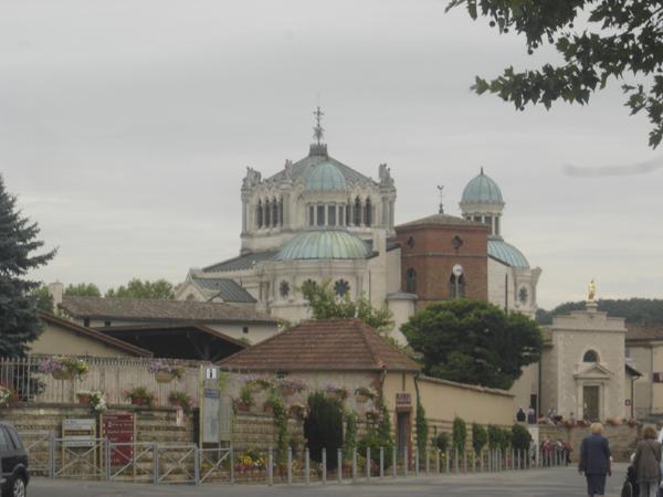 Saub Siab mus xyuas Saint Curé d'Ars  2010 Dsc07715