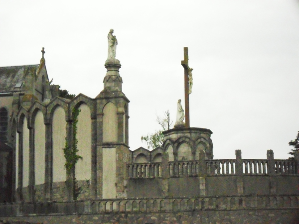 Los kuv coj nej mus xyuas tus Leej Ntshiab Saint Louis Grignion-Marie de Montfort  Sdc11712