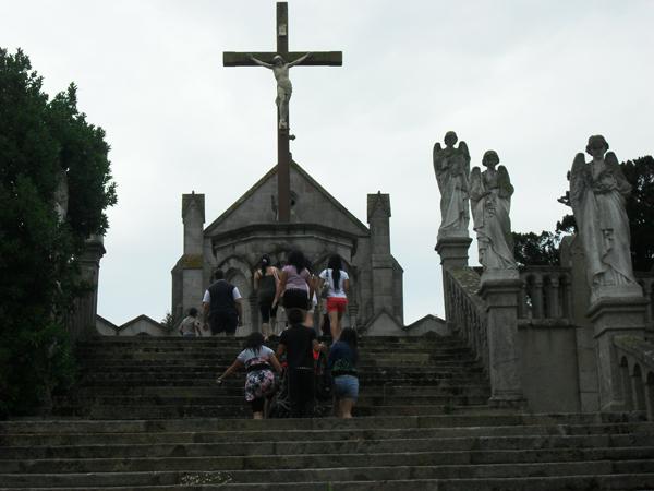 Los kuv coj nej mus xyuas tus Leej Ntshiab Saint Louis Grignion-Marie de Montfort  Sdc11718