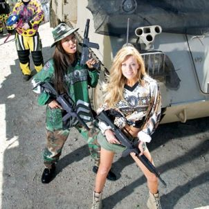 Photos sexy miss paintball Th_crb25
