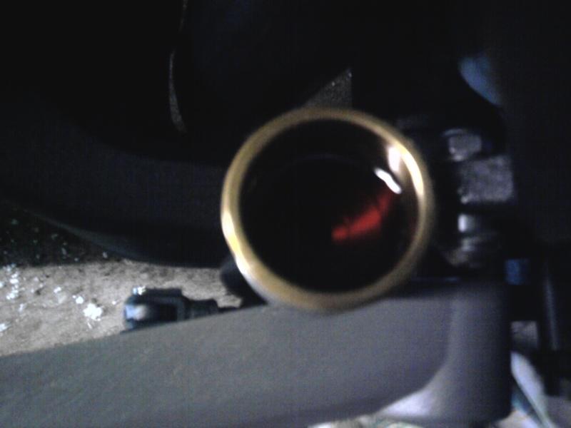 Remplacer ses réservoirs de liquide d'embrayage et frein. - Page 2 Photo017