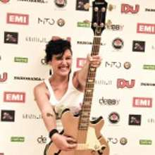 Miss Apple vince il contest di Emi Music Italy Missap10
