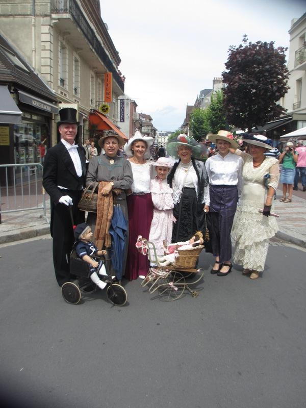 Notre weekend Belle époque a Cabourg ( photos) 4 et 5 aout 2012 2012-012