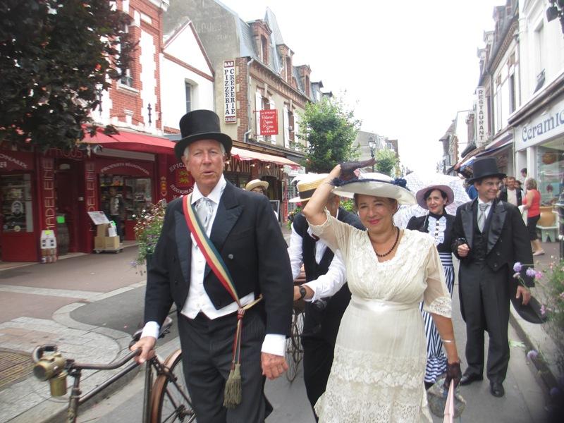 Notre weekend Belle époque a Cabourg ( photos) 4 et 5 aout 2012 2012-017