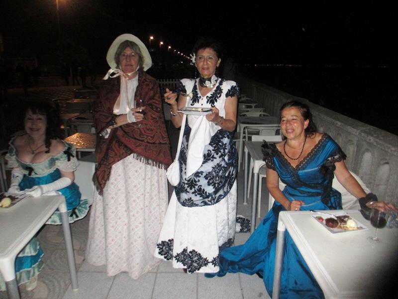 Notre weekend Belle époque a Cabourg ( photos) 4 et 5 aout 2012 2012-027