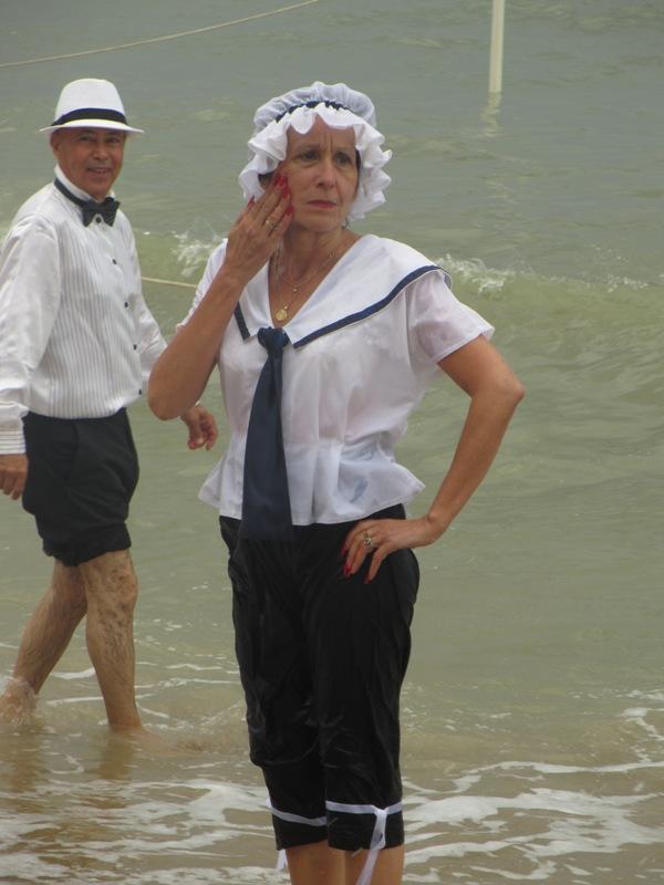Notre weekend Belle époque a Cabourg ( photos) 4 et 5 aout 2012 2012-038