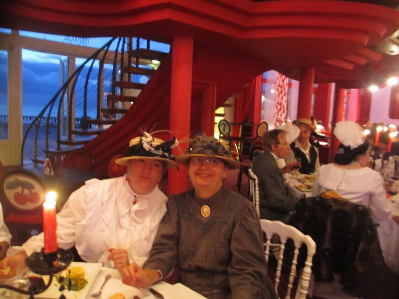 Notre weekend Belle époque a Cabourg ( photos) 4 et 5 aout 2012 2012-049