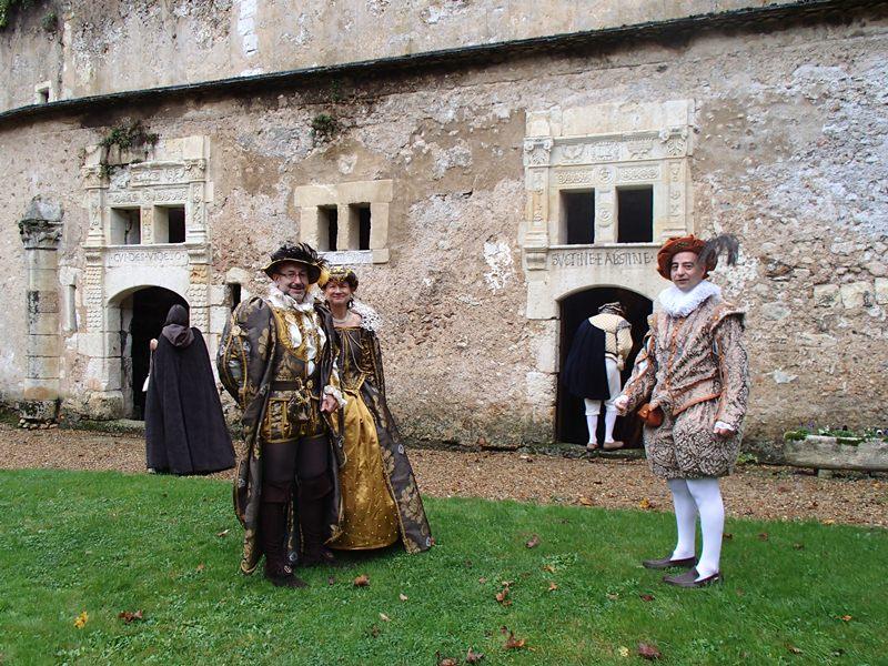 Bal Renaissance Chateau de  Courtanvaux le 20 Octobre 2012, les photos ! Pa200012