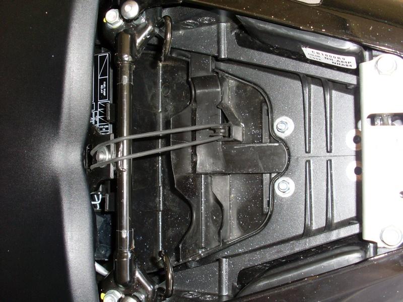 Montage centrale LED CB1000R SC60 compatible Faiceau Honda Sl370210