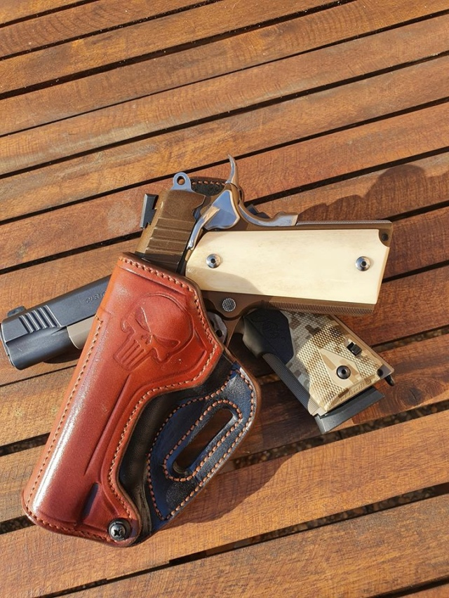 Holsters STAND by SLYE  - Page 5 11717710