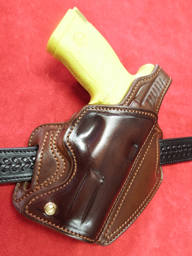 "HOLSTER ""BELT SLIDE"" by SLYE  - Page 2 Dscf1285"