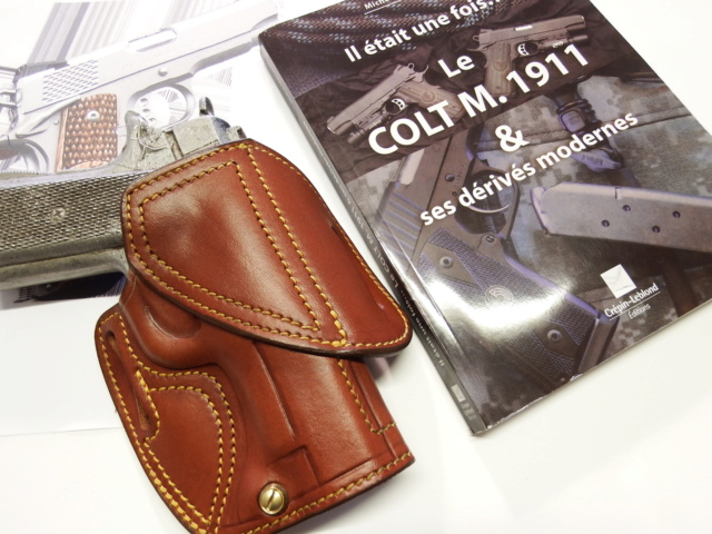 "HOLSTER CUIR  port civil : ""le 127"" by SLYE  Dscf1692"
