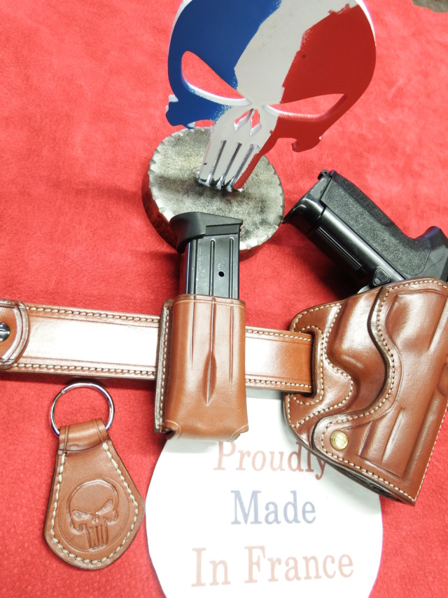 """HOLSTER """"STAND"""" by SLYE  - Page 2 Dscf2034"""
