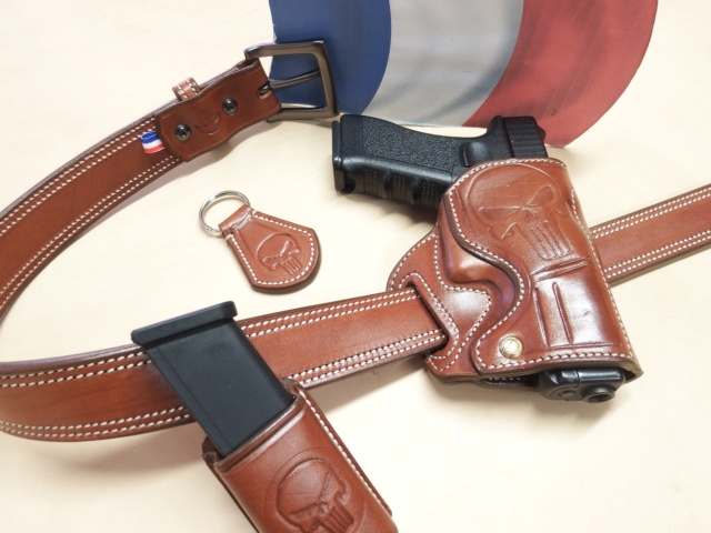 """HOLSTER """"STAND"""" by SLYE  - Page 2 Dscf2115"""