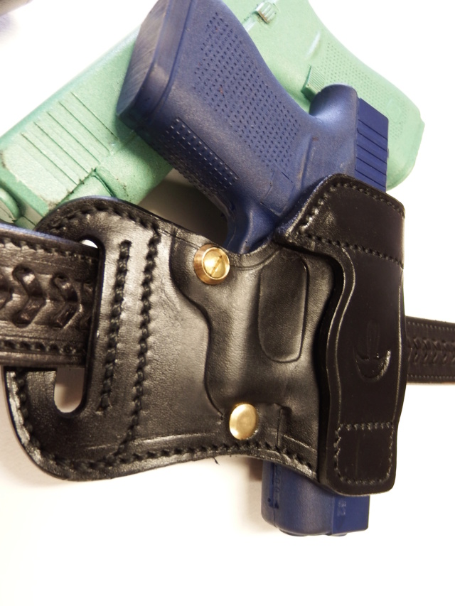 """HOLSTER AMBIDEXTRE : le """"PRACTIC"""" by SLYE - Page 2 Dscf2938"""