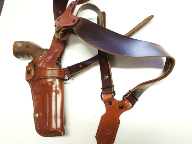 """HOLSTER d'AISSELLE """"Le TRADITIONAL"""" by SLYE - Page 3 Dscf2971"""