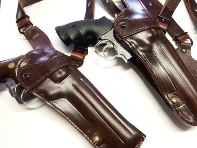 """HOLSTER d'AISSELLE """"Le TRADITIONAL"""" by SLYE - Page 3 Dscf2974"""