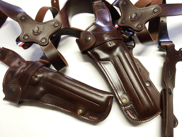 """HOLSTER d'AISSELLE """"Le TRADITIONAL"""" by SLYE - Page 3 Dscf3013"""