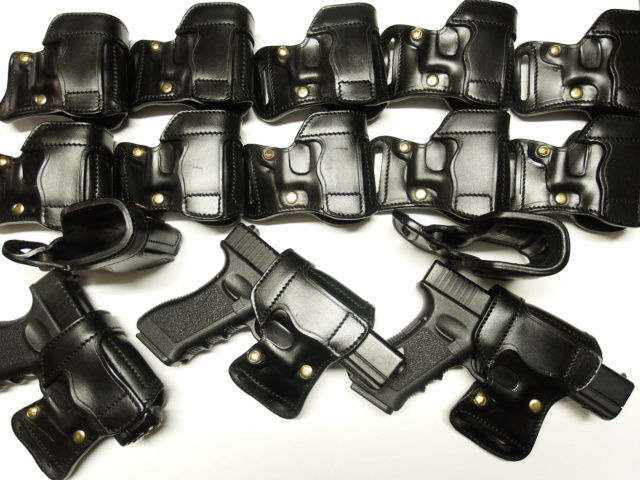 """HOLSTER AMBIDEXTRE : le """"PRACTIC"""" by SLYE - Page 2 Dscf3111"""