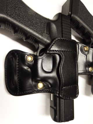 """HOLSTER AMBIDEXTRE : le """"PRACTIC"""" by SLYE - Page 2 Dscf3112"""
