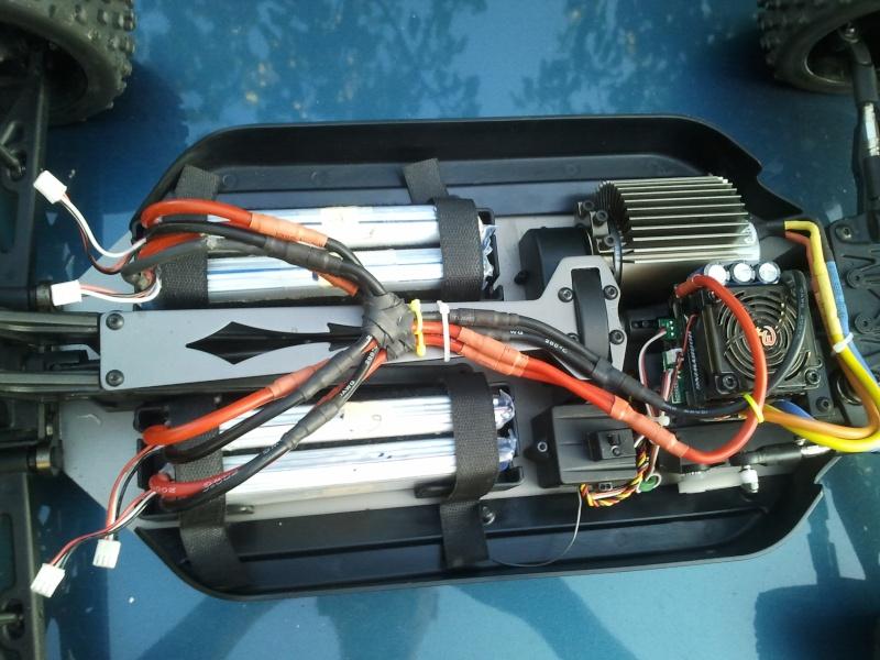 [VENDS] NINCO E MAXIM TT 1/5 BRUSHLESS 4x2s 5000 mha  2012-032