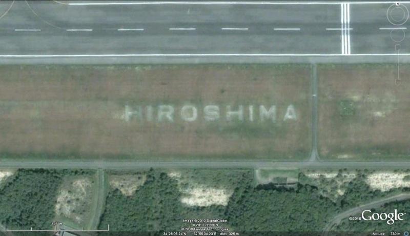 Les inscriptions et écritures sur aérodromes et aéroports - Page 2 Hirosh10