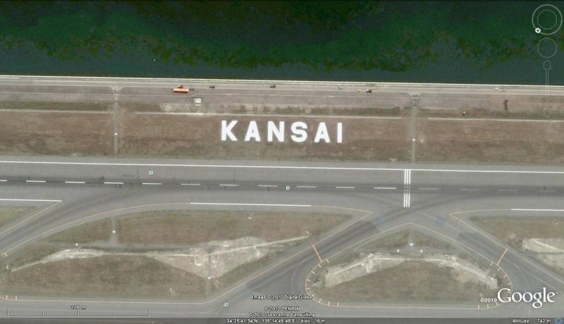 Les inscriptions et écritures sur aérodromes et aéroports - Page 2 Kansai10