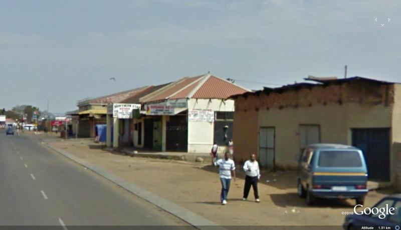STREET VIEW : un coucou à la Google car  - Page 7 Prator13