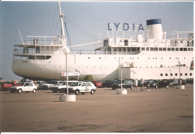 Bateaux sur l'eau - Page 2 Lydia10