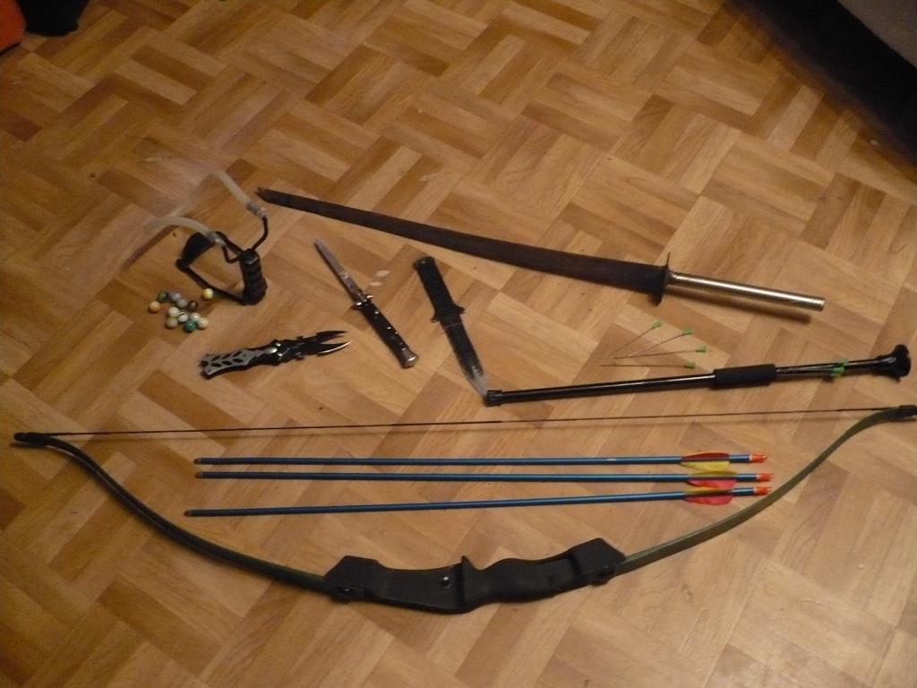 La Collection d'armes, couteaux, et autre de Smith87  P1020520