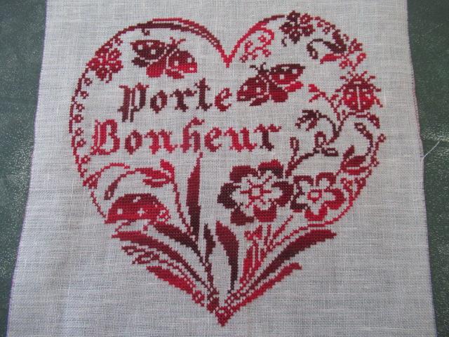 Broderie porte bonheur Img_1718