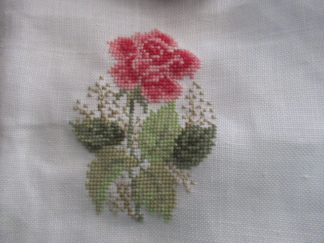 mes broderies mois d'aout 2020 MAJ 30 aout Img_2219